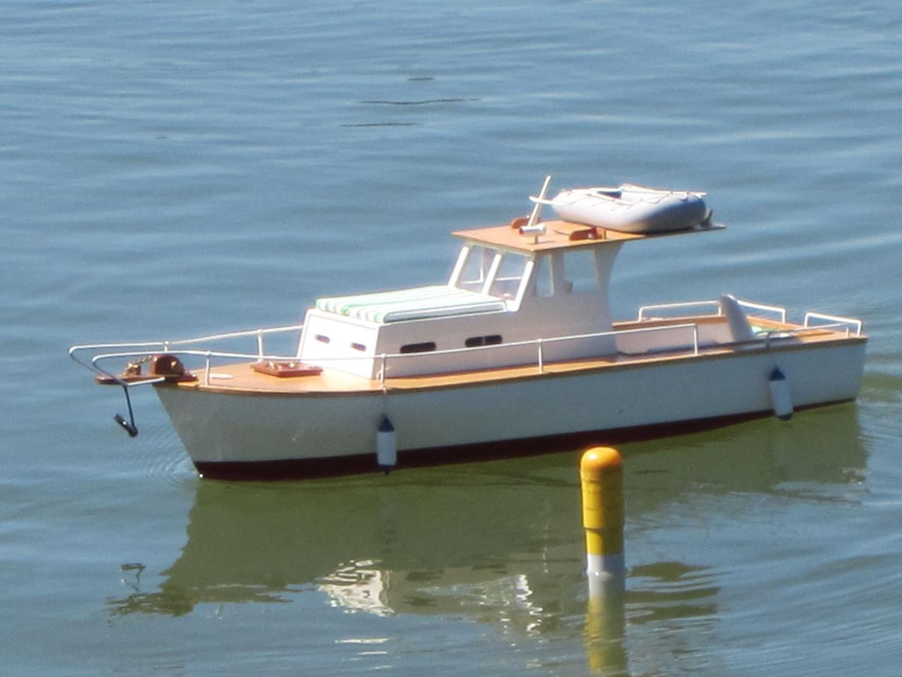 """ Jaqueton "" bateau de pêche sportive"